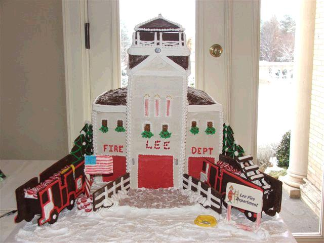 Lee_Fire_House_Gingerbread_House_First_Place